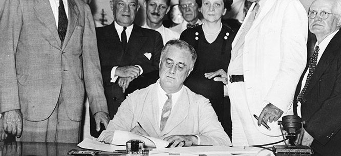 an introduction to the history of the social security act of 1935 The social security act of 1935 before the 1930's, there was no support of the elderly, retired, unemployed or poor at the national government level any support to.