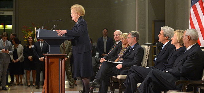 1506919781FauxFormer_Secretary_of_State_Madeleine_Albright_Delivers_Remarks_at_a_Reception_Celebrating_the_Completion_of_the_U.S._Diplomacy_Center666.jpg