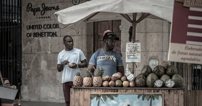 Street vendor in old Havana
